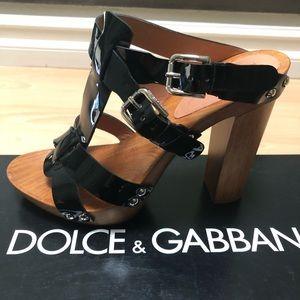 🖤 Dolce and Gabbana Platform Sandals